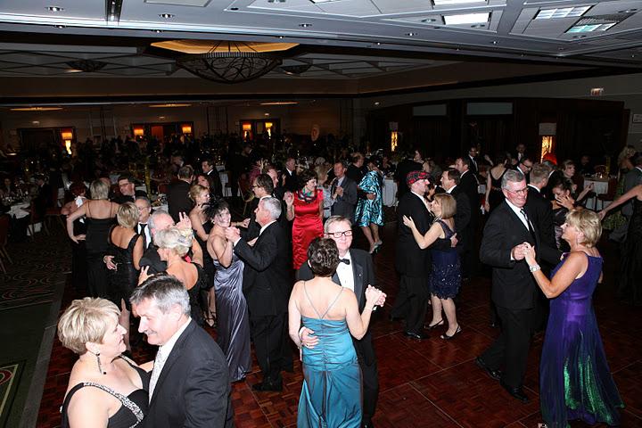 Venetian Night 2011 - Cała sala tańczy